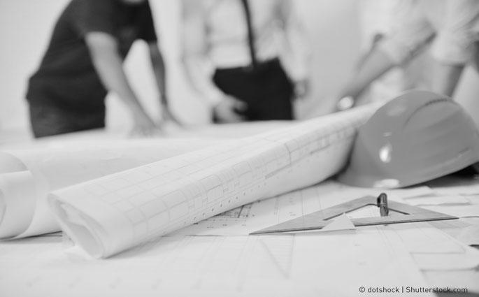 Baupläne und Vertragsunterlagen