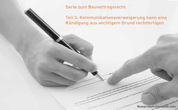 Vertragsparteien unterzeichnen einen Bauvertrag