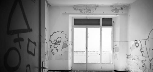 Bauruine mit Graffiti
